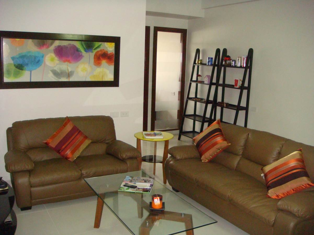 1 bedroom condo for rent avalon cebu city. Avalon 1 Bedroom Condominium Unit for Rent near Ayala Center Cebu