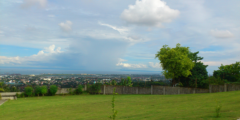 overlooking-house-for-sale-south-hills-labangon-cebucity (1)