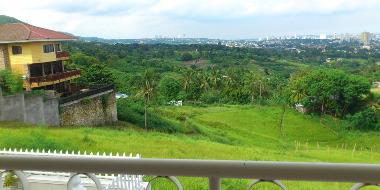overlooking-house-for-sale-south-hills-labangon-cebucity (42)