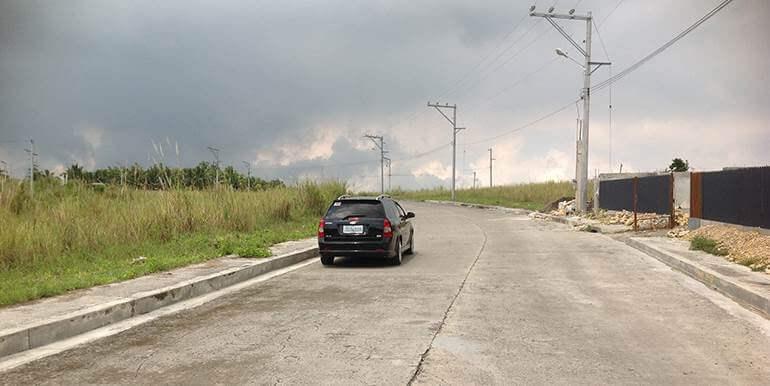 overlooking-lot-for-sale-at-vista-grande-pardo-cebu-city (1)