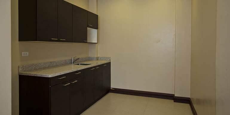 maria-luisa-estates-house-and-lot-for-sale-cebu-house1 (19)