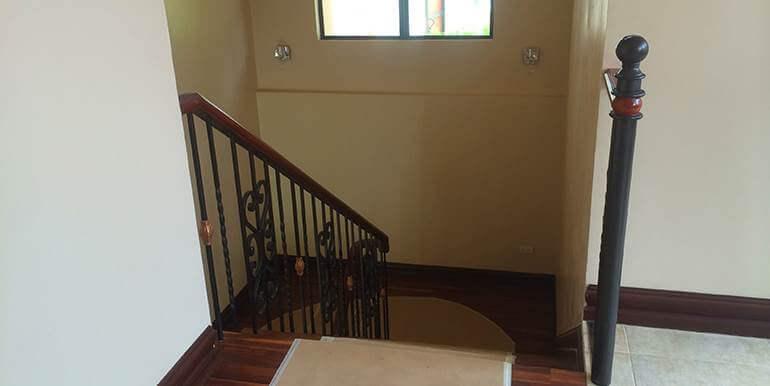maria-luisa-estates-house-and-lot-for-sale-cebu-house1 (22)