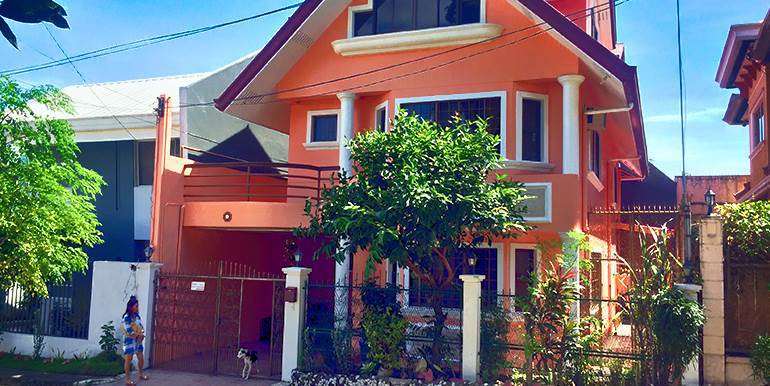 newtown-estate-3-storey-fully-furnished-house-for-sale-pardo-cebu-city (33)