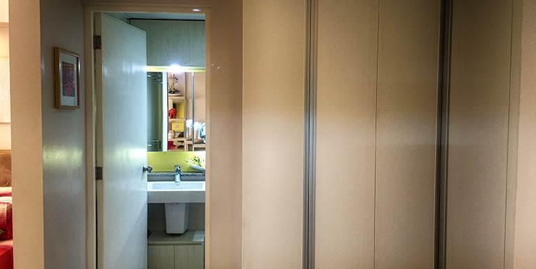 Calyx-Centre-Condominium-Special-Studio-Unit-for-Rent (12)