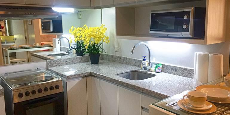 Calyx-Centre-Condominium-Special-Studio-Unit-for-Rent (17)