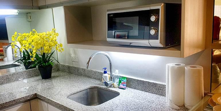 Calyx-Centre-Condominium-Special-Studio-Unit-for-Rent (7)