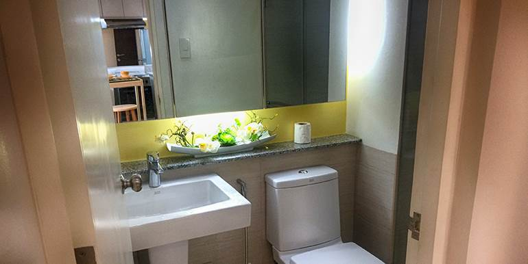 Calyx-Centre-Condominium-Special-Studio-Unit-for-Rent (8)