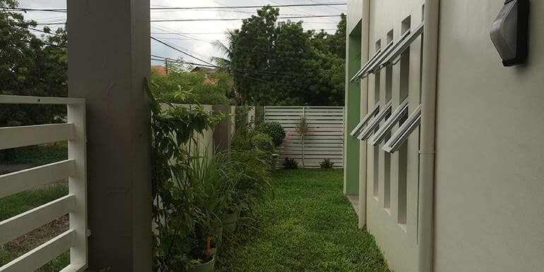 Newtown-Estate-Modern-Design-House-and-Lot-for-sale-pardo-cebu-city (3)